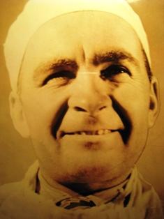 Федор Алексеевич Клепиков (1917-1996) – выдающийся советский хирург-уролог, д.мед.н, проф, заслуженный врач УССР.