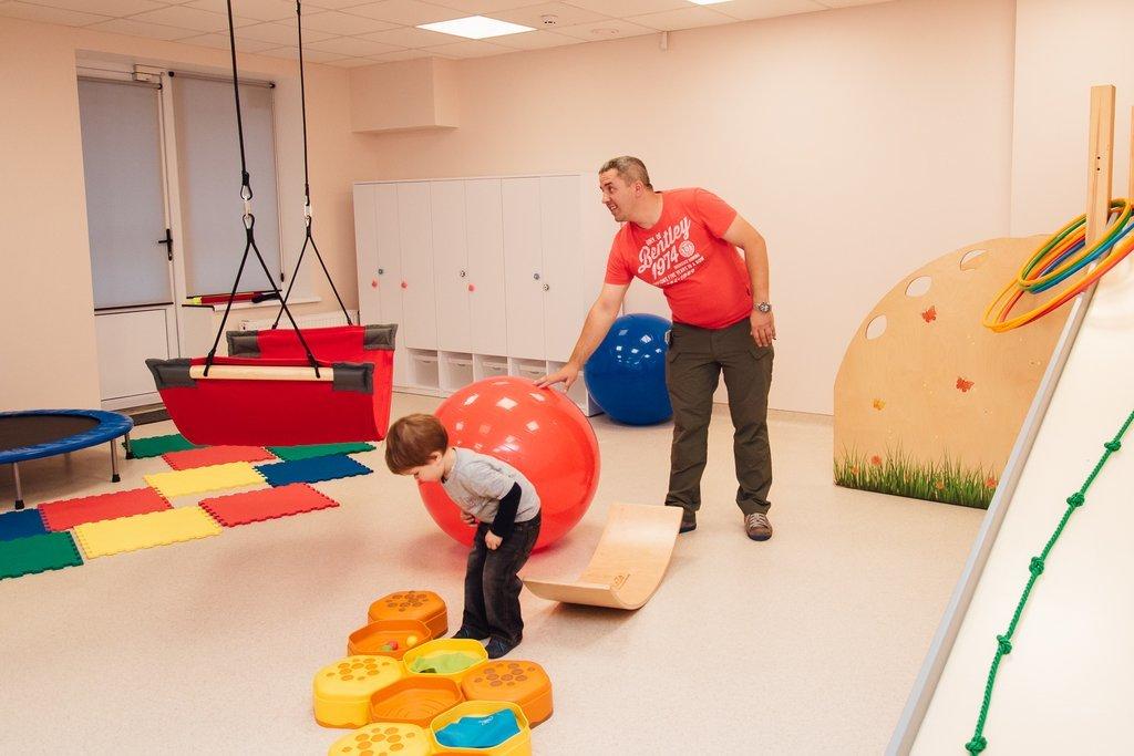 Физическая реабилитация у детей и подростков